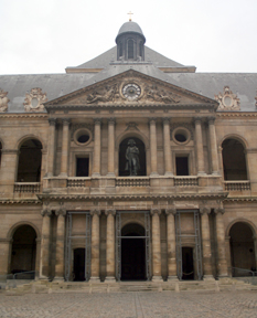 Courtyard of Invalides 2