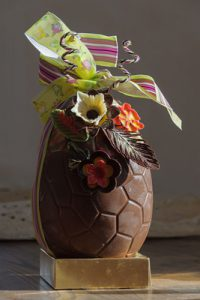 High-end chocolate Easter egg