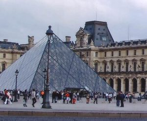 Louvre pryamid 2 - Copy