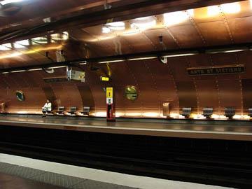 Metro station Arts et Metiers